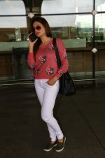 Monica Bedi Spotted At Airport on 31st Aug 2017 (8)_59a8f05571dc7.JPG