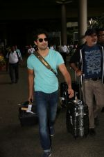 Rajeev Khandelwal Spotted At Airport on 1st sept 2017 (19)_59aa4b61e1687.JPG