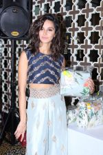 Shibani Dandekar at the Preview Of Payal Singhals Collection on 1st Sept 2017 (25)_59aab03c8afc6.JPG