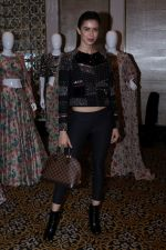 Sucheta Sharma at the Preview Of Payal Singhals Collection on 1st Sept 2017 (22)_59aab055b4619.JPG