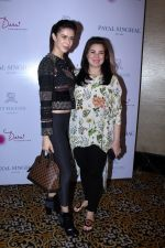 Urvashi Sharma, Sucheta Sharma at the Preview Of Payal Singhals Collection on 1st Sept 2017 (23)_59aab06be8bc3.JPG