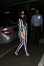 Kainaat Arora Spotted At Airport on 2nd Sept 2017 (11)_59ab752173e05.JPG