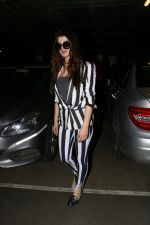 Kainaat Arora Spotted At Airport on 2nd Sept 2017 (4)_59ab7518471b0.JPG