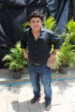 Ali Asgar On Location Of A New Chat Show on 3rd Sept 2017 (4)_59ae4ae896982.JPG