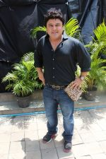 Ali Asgar On Location Of A New Chat Show on 3rd Sept 2017 (6)_59ae4ae9bfa94.JPG