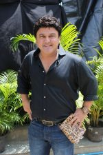 Ali Asgar On Location Of A New Chat Show on 3rd Sept 2017 (9)_59ae4b05d59ce.JPG