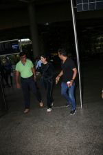 Genelia D_Souza Spotted At Airport on 4th Sept 2017 (5)_59ae4b85beef7.JPG