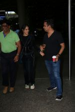 Genelia D_Souza Spotted At Airport on 4th Sept 2017 (6)_59ae4b86f3539.JPG