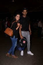 Anita Hassanandani, Rohit Reddy Spotted At Airport on 7th Sept 2017 (20)_59b0f51c44cc3.JPG