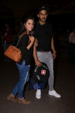 Anita Hassanandani, Rohit Reddy Spotted At Airport on 7th Sept 2017 (21)_59b0f4c324d0e.JPG