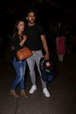 Anita Hassanandani, Rohit Reddy Spotted At Airport on 7th Sept 2017 (6)_59b0f516687aa.JPG