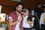 Ayushmann Khurrana, Bhumi Pednekar with Fans to promote Shubh Mangal Saavdhan on 6th Sept 2017 (55)_59b0e8ca2d2b8.JPG