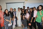 Priya Dutt at the Event Dutt_s The Way A Tribute To Nargis Dutt on 9th Sept 2017 (12)_59b4b72d1b221.JPG