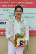 Priya Dutt at the Event Dutt_s The Way A Tribute To Nargis Dutt on 9th Sept 2017 (26)_59b4b7373b20f.JPG