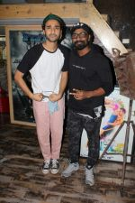 Remo D_Souza, Raghav Juyal Interaction For Upcoming Show Dance Champions on 9th Sept 2017 (3)_59b4d2cd9df6f.JPG