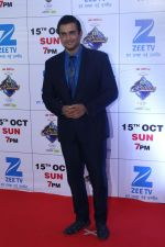 Madhavan at the Red Carpet Of The Grand Celebration Of Zee Rishtey Awards 2017 on 10th Sept 2017 (225)_59b631590bb3b.JPG