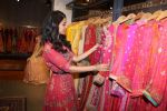 Nimrat Kaur Launch Ritu Kumar_s Winter Festive 2017 Collection on 11th Sept 2017 (27)_59b784a00122d.JPG