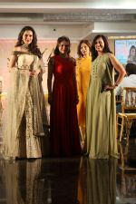 Waluscha de Sousa Walk The Ramp For Monisha Jaisingh, Pallavi & Bhairavi Jaikishan on 12th Sept 2017 (134)_59b8d93df23bd.JPG