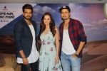 Umeet Vyas, Evelyn Sharma, Karan Kundra at the interview For Stupid Man Smart Phone on 13th Sept 2017 (11)_59ba2020ea006.JPG