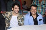 Govinda at the First Look & Music Launch Of Film Kaun Mera Kaun Tera on 14th Sept 2017-1 (106)_59bb8001b2ebe.JPG