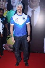 Tiger Shroff at Grand Launch Of Premier Futsal Season 2 Feat on 15th Sept 2017 (83)_59bd350d2119f.JPG