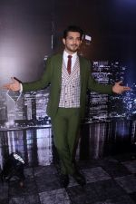Arjun Bijlani at the Launch of colors new tv show Ishq mein Marjawan on 18th Sept 2017 (29)_59c0c01a813cc.JPG