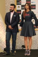 Shilpa Shetty, Raj Kundra at the New Show Launch Aunty Boli Lagao Boli on 18th Sept 2017 (24)_59c0b96e8a59d.JPG