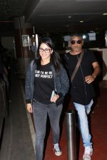 Sunny Leone Spotted At Airport on 18th Sept 2017 (1)_59c0b53512a2d.JPG