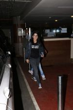 Sunny Leone Spotted At Airport on 18th Sept 2017 (7)_59c0b53bd3a87.JPG