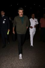 Anil Kapoor Spotted At Airport on 23rd Sept 2017 (9)_59c6002e77cc1.JPG