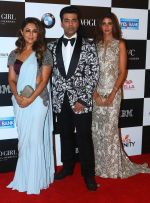 Gauri Khan, Karan Johar, Shweta Nanda at the Red Carpet Of Vogue Women Of The Year 2017 on 25th Sept 2017 (33)_59c9c6b95c7ac.JPG
