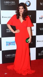 Twinkle Khanna at the Red Carpet Of Vogue Women Of The Year 2017 on 25th Sept 2017 (40)_59c9c77c44ba9.JPG