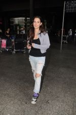 Evelyn Sharma Spotted At Airport on 29th Seprt 2017 (7)_59d21d412f424.JPG