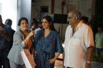 Sridevi, Boney Kapoor at the Launch Of IPhone 8 & IPhone 8+ At iAzure on 29th Sept 2017 (83)_59d21f3807874.JPG