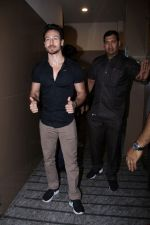 Tiger Shroff At Special Screening Of Film Judwaa 2 on 29th Sept 2017 (147)_59d22a218125e.JPG