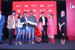 Farhan Akhtar Launch Of Vespa Red on 3rd oct 2017 (36)_59d538d93ce62.JPG