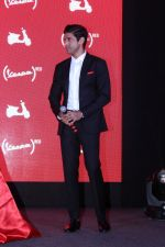 Farhan Akhtar Launch Of Vespa Red on 3rd oct 2017 (4)_59d5368a137c6.JPG