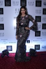 Athiya Shetty at Elle India Beauty Awards 2017 on 4th Oct 2017 (29)_59d65cfd4d4df.JPG
