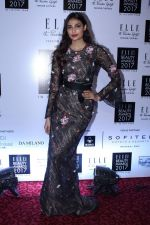 Athiya Shetty at Elle India Beauty Awards 2017 on 4th Oct 2017 (30)_59d65d1456af5.JPG