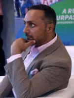 Rahul Bose At 7th Indiabulls Home Loans Marathon on 4th Oct 2017 (2)_59d65a6e235c0.jpg