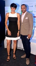 Rahul Bose, Mandira Bedi At 7th Indiabulls Home Loans Marathon on 4th Oct 2017 (5)_59d65ac45b0ed.jpg