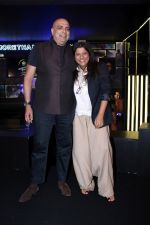 Zoya Akhtar, Tarun Tahiliani at The Preview of Blenders Pride Fashion Tour 2017 on 5th Oct 2017 (29)_59d72a219fde2.JPG
