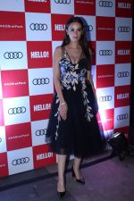 Evelyn Sharma at the Red Carpet Of Luxury & Fashion As Hello! & Audi on 6th Oct 2017 (24)_59d77f19ea298.JPG