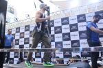 Tiger Shroff at the launch of Skechers Go Run 5 running Shoes on 6th Oct 2017 (111)_59d8a71c58d48.JPG