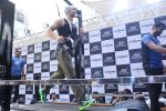Tiger Shroff at the launch of Skechers Go Run 5 running Shoes on 6th Oct 2017 (112)_59d8a72666ff9.JPG