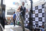 Tiger Shroff at the launch of Skechers Go Run 5 running Shoes on 6th Oct 2017 (122)_59d8a78c72435.JPG