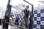 Tiger Shroff at the launch of Skechers Go Run 5 running Shoes on 6th Oct 2017 (123)_59d8a7930cc19.JPG