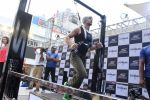 Tiger Shroff at the launch of Skechers Go Run 5 running Shoes on 6th Oct 2017 (124)_59d8a79a712c1.JPG