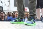 Tiger Shroff at the launch of Skechers Go Run 5 running Shoes on 6th Oct 2017 (66)_59d8a4f94e0bf.JPG