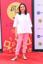 Anupama Chopra at Golmaal Again Team At Jio Mami Film Mela on 7th Oct 2017 (1)_59da2747dbd83.JPG